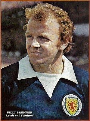 SHOOT-football-magazine-Leeds-United-BILLY-BREMNER-Scotland